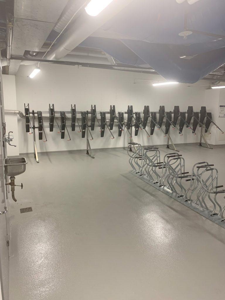 Cykelparkering från Klaver på Garnisonen